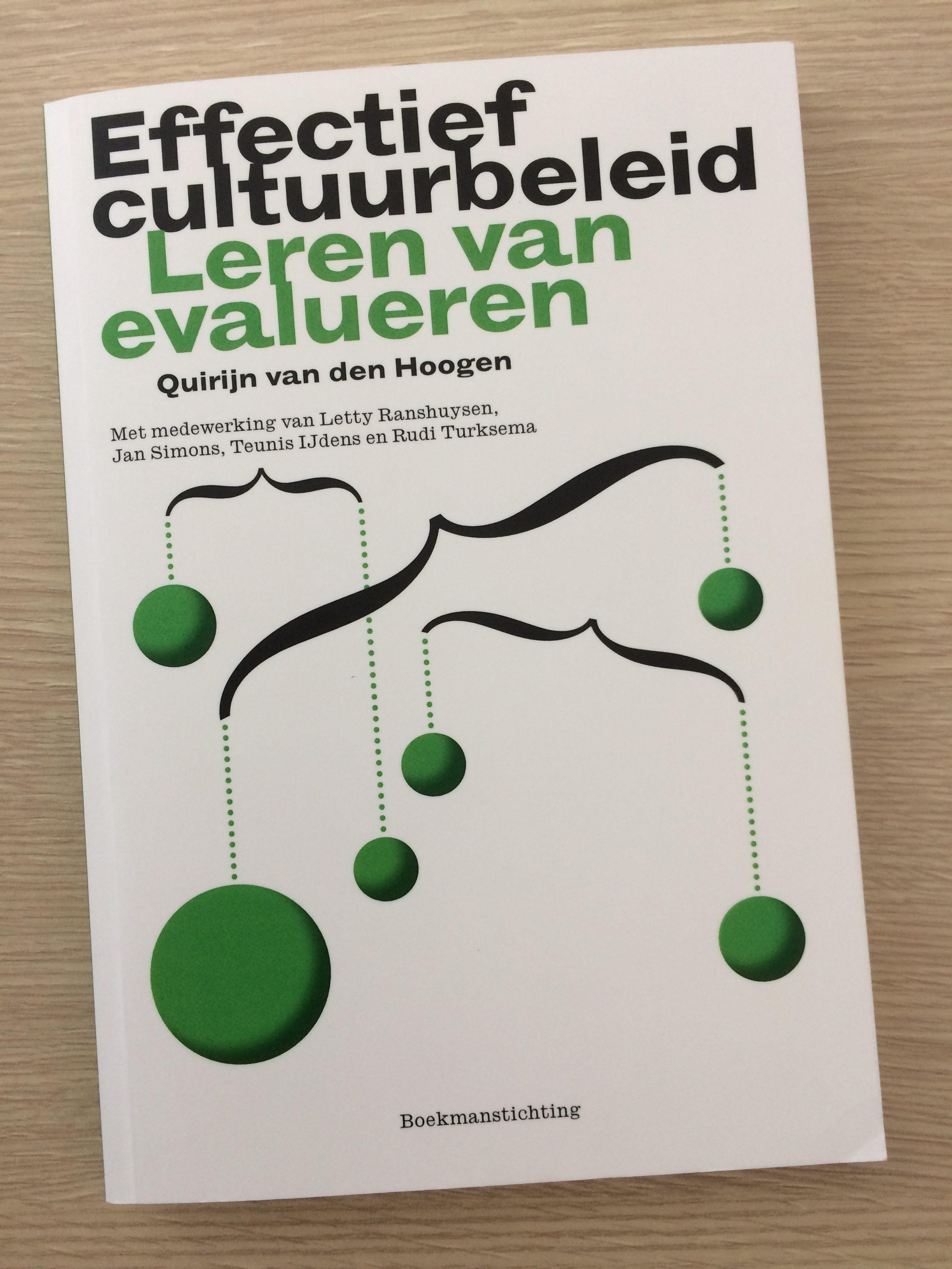 Boekbespreking: Hoogen, Q. van den  (2012)