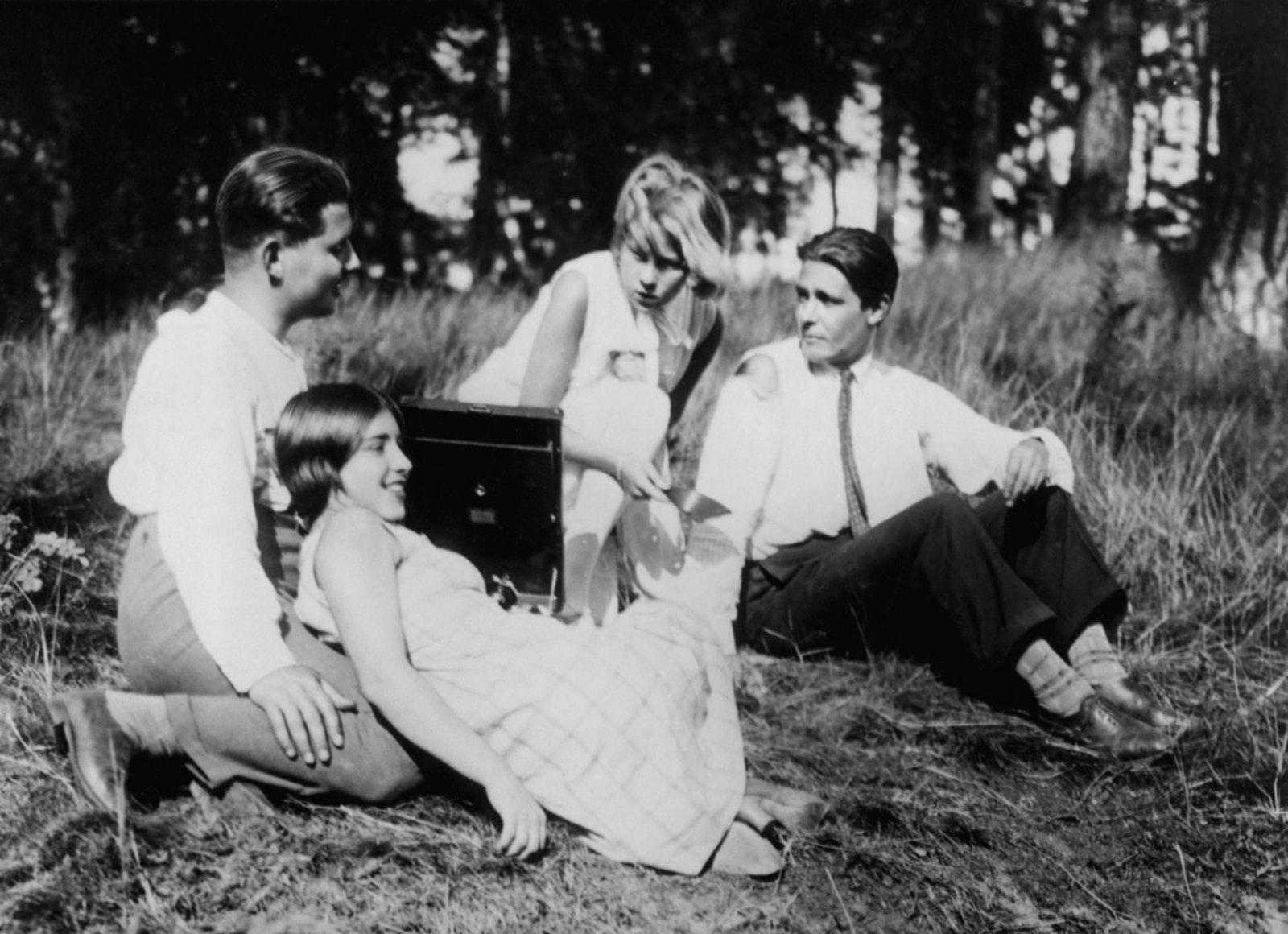 Menschen am Sonntag (1930)